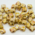 Silky Bead - 6x6 mm - Chalk White Picasso - 40-pack
